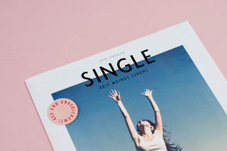 <br> <strong>SINGLE <br></strong> Magazinentwurf